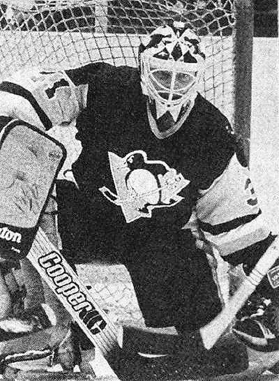 1987: Rick Tabaracci selected by Pittsburgh Penguins in second round (26th overall) of National Hockey League entry draft. https://t.co/ox2G8sIGVT https://t.co/TSlCsNEoS2