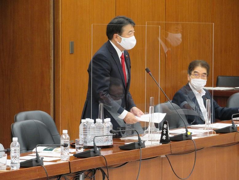 9日文科委員会での質疑 1.私が長年取り組んできた高次脳機能障害 2.体育・部活等運動時のマスク、幼保育...