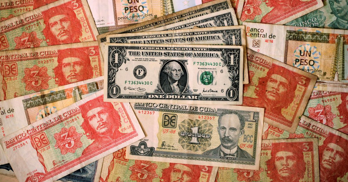 Cuba suspending cash bank deposits in dollars, citing U.S. sanctions https://t.co/bUNHPMze1d https://t.co/0drf0XpWhq