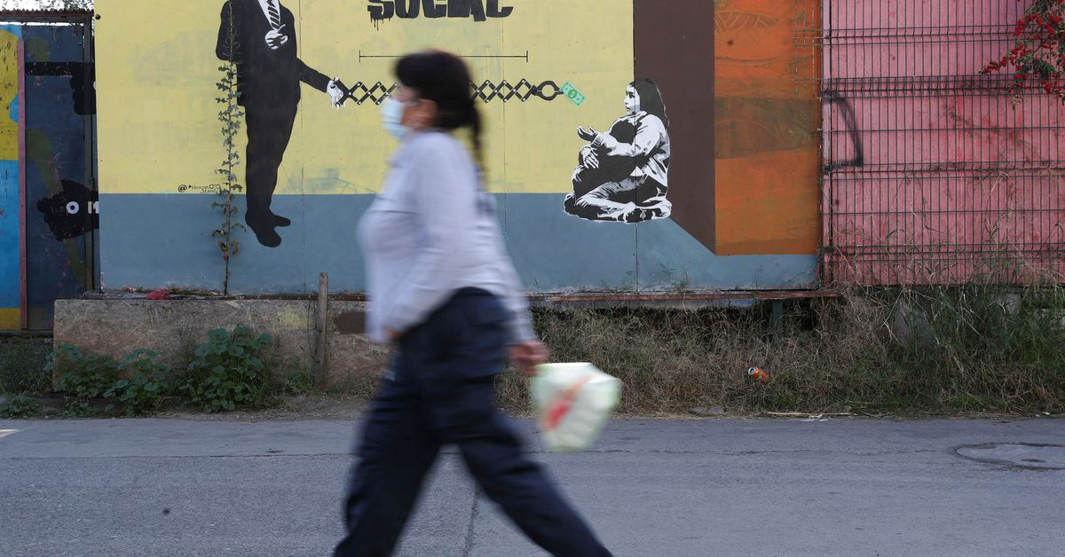 Chile shuts capital Santiago once more as vaccines fail to quell rampant cases Photo