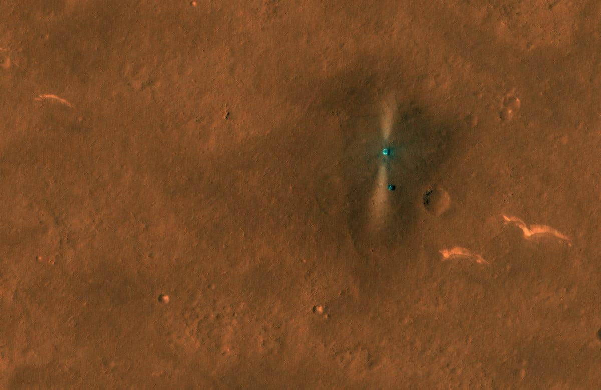 NASA Mars orbiter spots China's rover on Martian surface Photo