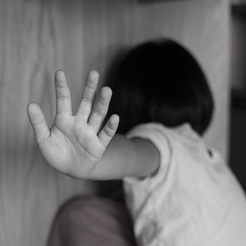 Confronting new #research from Prof Leonie Segal at  @UniversitySA reveals that children who are reported to #childprotection authorities are four times more likely to die before they reach their 16th birthday. https://t.co/qMBr3VwAgv  #childsafesa https://t.co/yTPlXERKXb