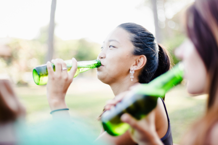 There was an increase in depression and anxiety, but a reduction in alcohol-related harm for young Australians during COVID-19, says @UNSW  https://t.co/50ow1OlWOs https://t.co/37Jv0293th