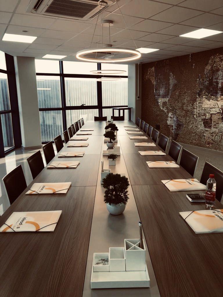 test Twitter Media - Hoy nos encontramos con Grupo Galisur realizando nuestro nuevo taller «La motivación como motor del cambio».  ¡Gracias por confiar en Ideados! 😊 https://t.co/Lquupi6wly