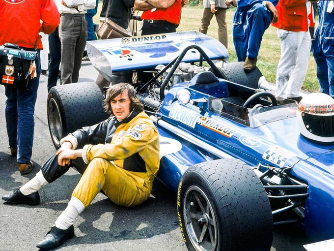 Today Sir Jackie Stewart turns 82 already! Happy birthday sir  .