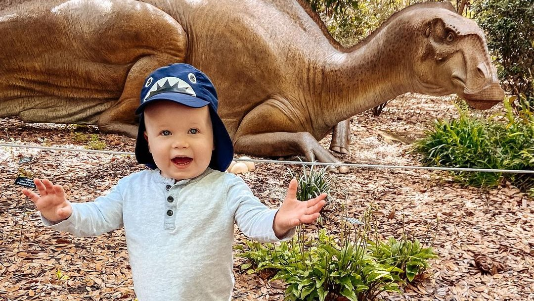 """""""Dr. Wright and the nurses have been fantastic through every step of this journey. While we are excited to enter maintenance, we're going to miss our weekly visits to see our second family .""""- Asher's mother. #ArnoldPalmerKids https://t.co/9OOiA7clqR"""