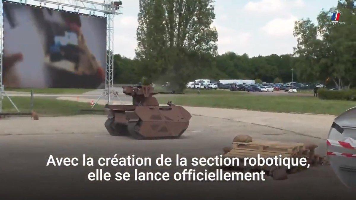 """L'@armeedeterre lance son projet robotique """"Vulcain"""". TECDRON est fier de participer au projet et présente son robot mule tactique polyvalent TC800-DE. Promis, il ne sera pas rouge lors des vraies missions :)"""