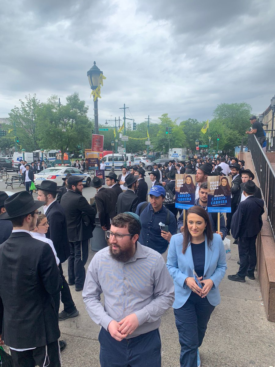 Yosef, it was an honor to meet you and the many other concerned voters of the Crown Heights. Thank you for showing me around! It was wonderful!