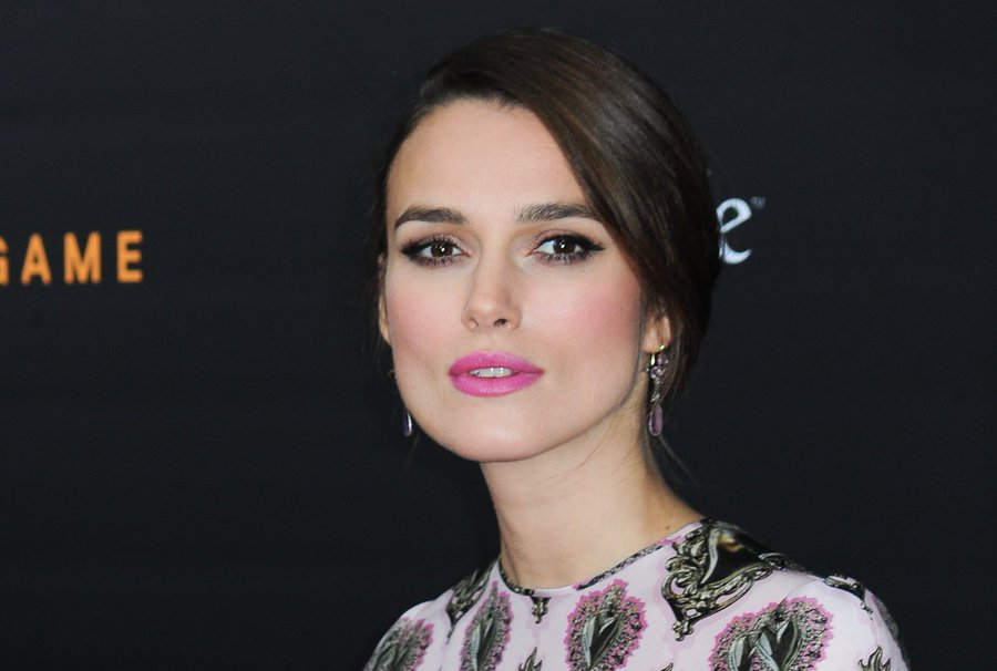 Tweets we added to our #Movies & #Films 🎞️ #SamaCollection 🗞️ ➤ Keira Knightley 'curfew for #women' 👭🏽 via @IndieWire ➤ #BlackWidow x #RealD #3D Tickets 🎫 ➤ Angela Schanelec via @mubi … And More! #SamaMovies 📽️ #WeekendVibes 👉 https://t.co/UwiTIjpBOi