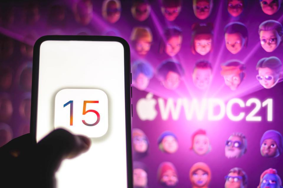 Apple Loop: iPhone's Powerful Update, Adobe's ARM Adventure, Apple's Missing MacBook Pro
