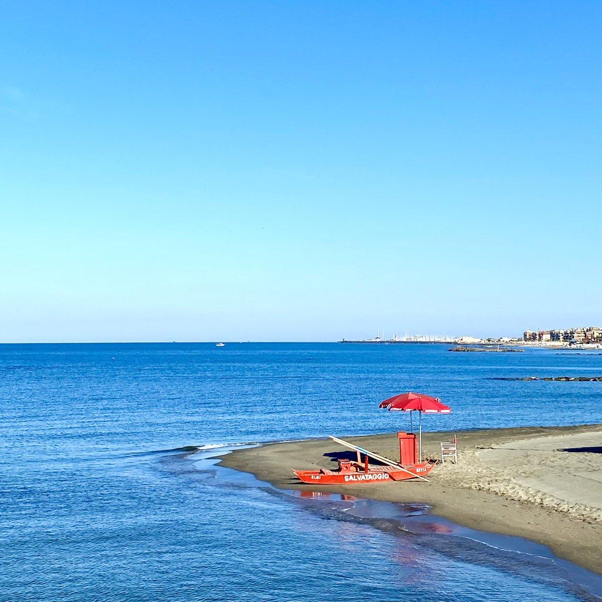 Per esempio il #mare Ostia❤️  • ⛱ • #OstiaLove #OstiaLovers #OstiaLido #OstiaBeach #LidodiOstia #LidodiRoma #Roma #Rome #igersostia #igersroma #instaostia #instaroma #picoftheday #giugno #sea #spiaggia #beach #ostiapop #june #Elmi #pattino #sabato #saturday #ostia♥ #ostia♥️ https://t.co/BRjMTcHoNR