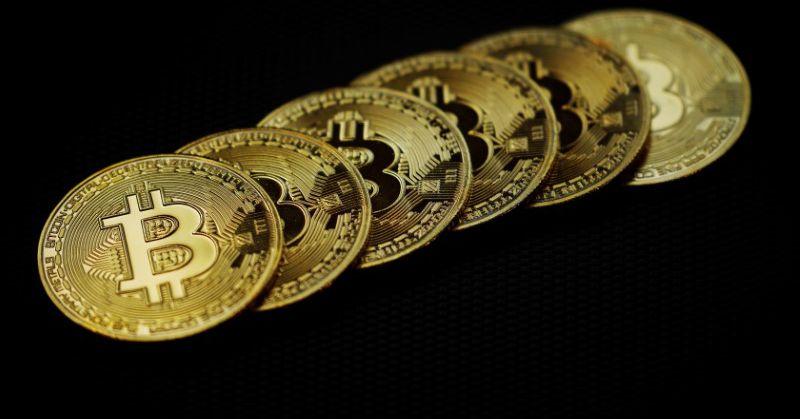 Bitcoin falls 5.71% To $35,210