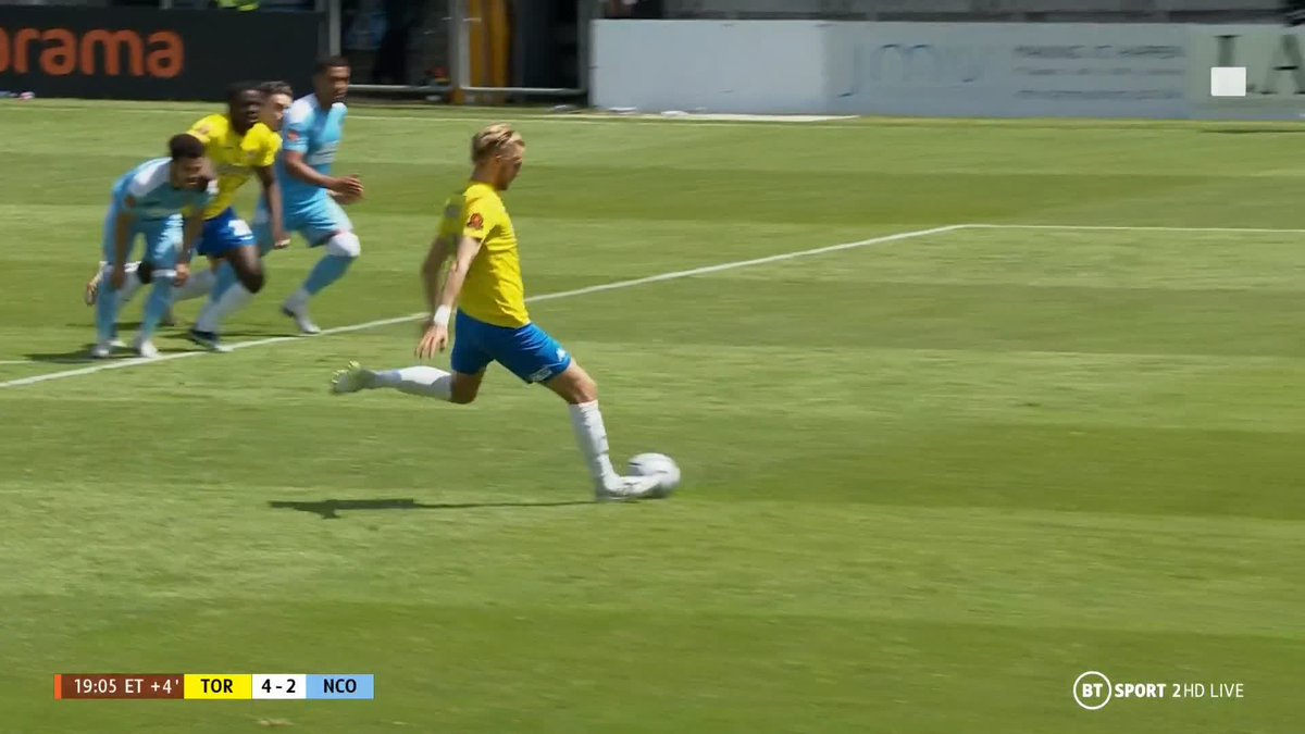 Surely that's @TUFC1899's ticket to the final booked! 🎟  For the first time in the game, they hold a two-goal advantage... https://t.co/jRUua8MkA9