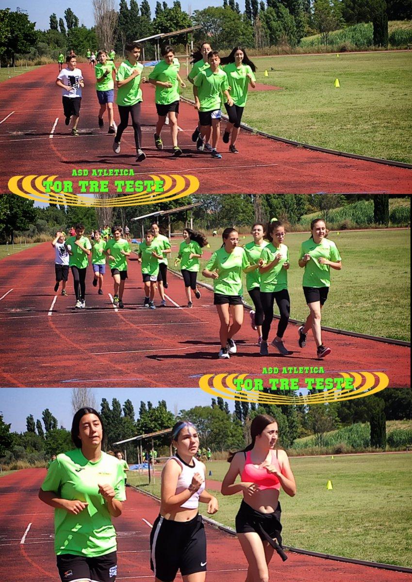 Mattina di #allenamento per i nostri #atleti. Si inizia con un #corsa per riscaldare i #muscoli. È molto #caldo stamane, non sarà semplice.  #lazio #roma #fidalroma #fidallazio #correre #run #running #race #sport #sprint #active #atletica #atleticatortreteste #verdefluo #fit https://t.co/eDKxe2ozTS