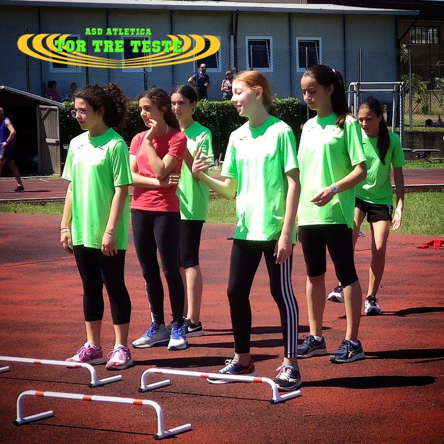 Sembrano #lamentarsi della difficoltà dell'#esercizio. Ma poi #partono e sono #fantastici.  #lazio #roma #fidalroma #fidallazio #impegno #atletica #velocità #atleticatortreteste #verdefluo #fast #run #correre #running #fit #fitness #motivation #tokio2020 #moltocaldo #coraggio https://t.co/Scq8oszYO3