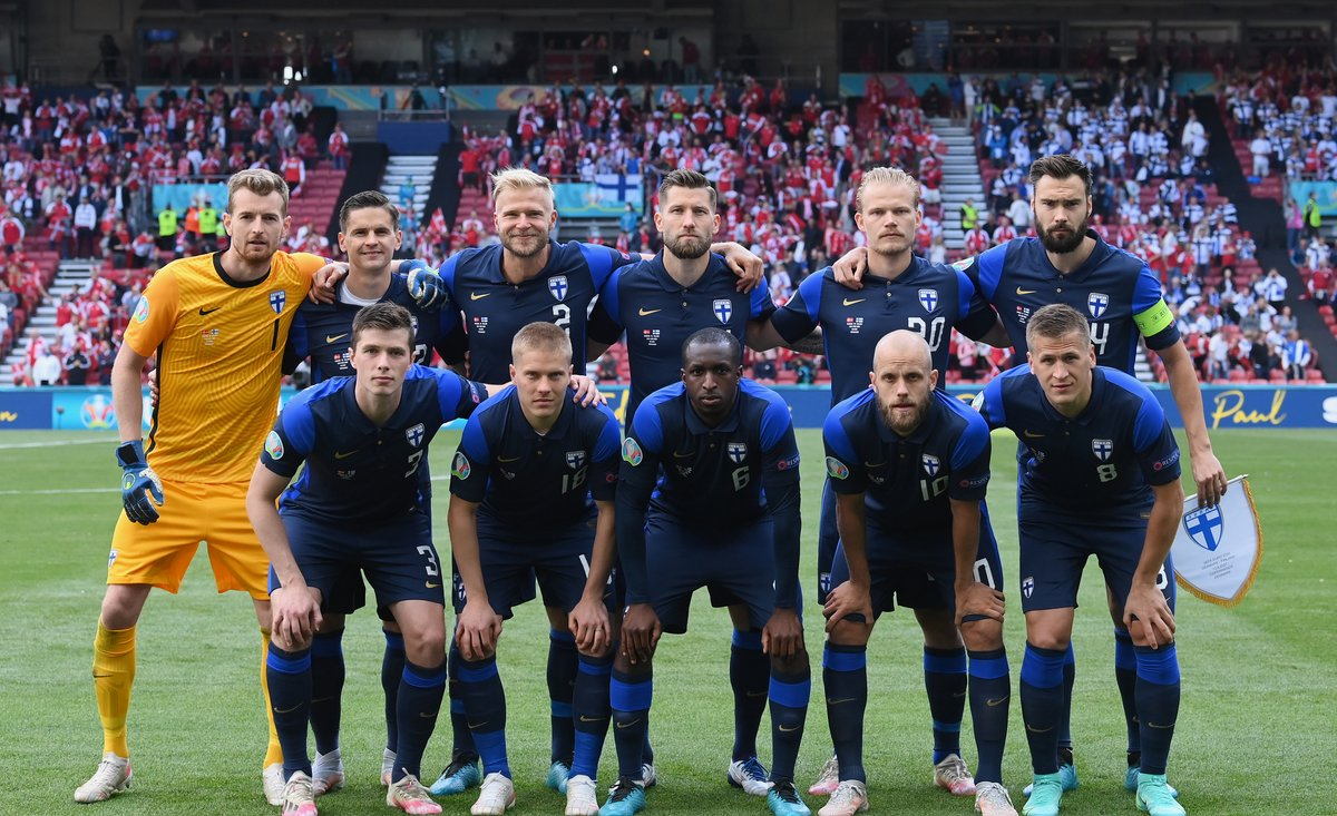 #FIN's first game at a European Championship or World Cup.  They are here. 🙌 https://t.co/QOALRh2DKn