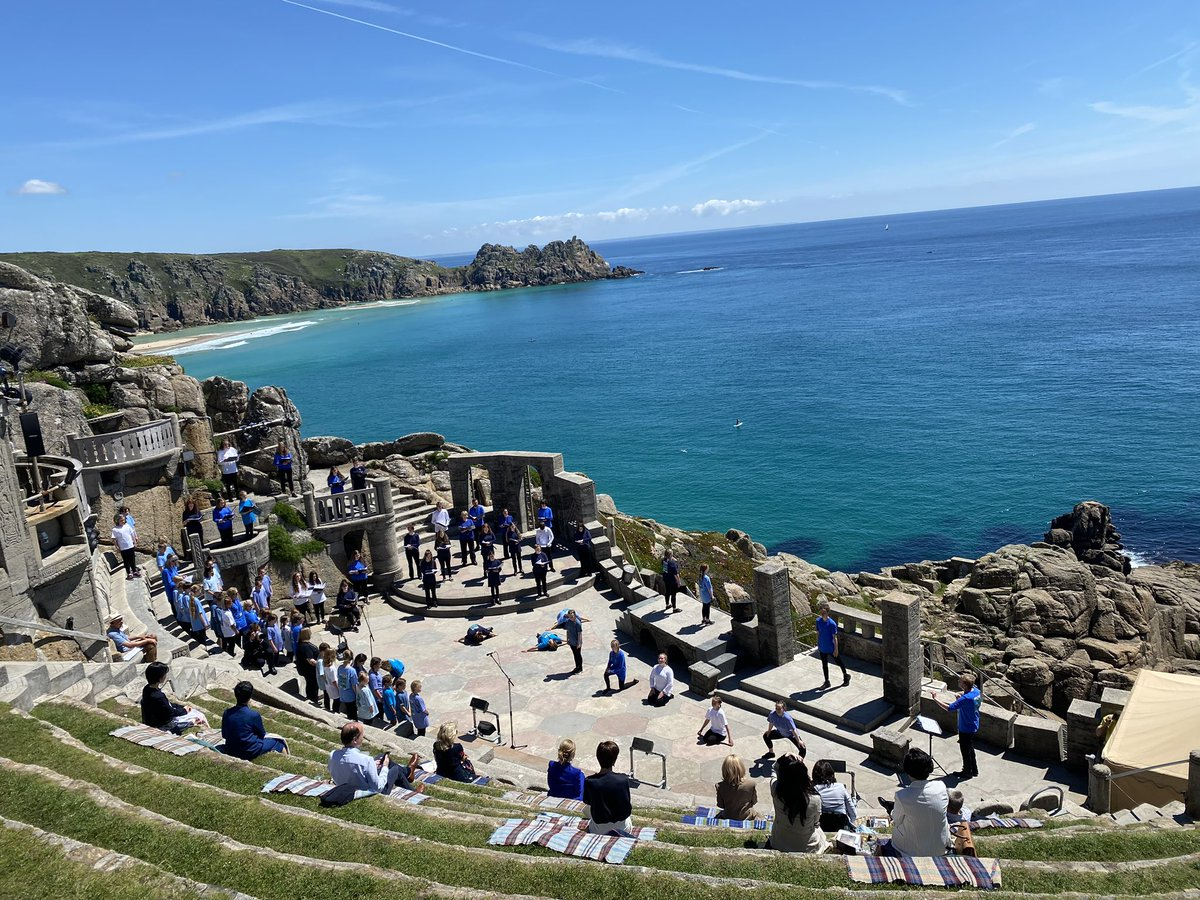 Beautiful and powerful program for G7 spouses today at the @MinackTheatre. Thank you to Carrie Johnson and all those who helped put it together—especially all the local children who performed for us! https://t.co/uiveFdHOR4