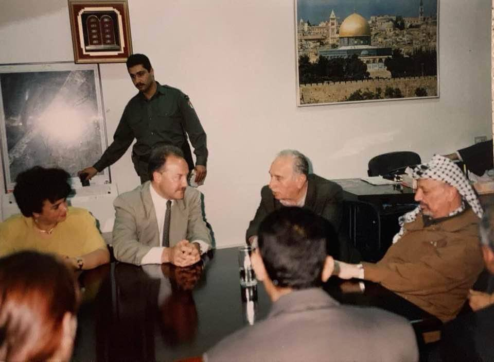 I became a friend of President Arafat in 1977 and was at his deathbed in Paris in 2004. It was my honour to be his comrade. I promised him I would never give up the fight and I never have. #Palestine #Gaza #Jerusalem #AlAqsa https://t.co/M0CiZgltLI