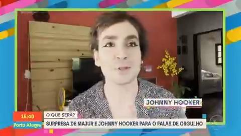 """🚨 Pabllo Vittar, Majur e Johnny Hooker lançarão juntos, dia 28 de junho no #FalasDeOrgulho, um cover da música """"Flutua"""" com direito à clipe gravado nos estúdios da TV Globo. Vai ser lindo!  https://t.co/vAR7zJ907O"""