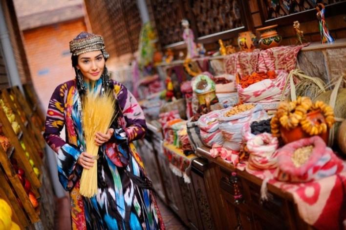 فتاة من  #أوزبكستان #Uzbekistan #مقتطفات_حول_العالم https://t.co/HeiH1SiuWH