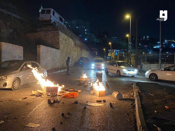 #BREAKING Clashes erupted with the Israeli occupation forces at Ein Al-Lawza neighborhood in Silwan. #SaveSilwan https://t.co/hD44GLKMCr