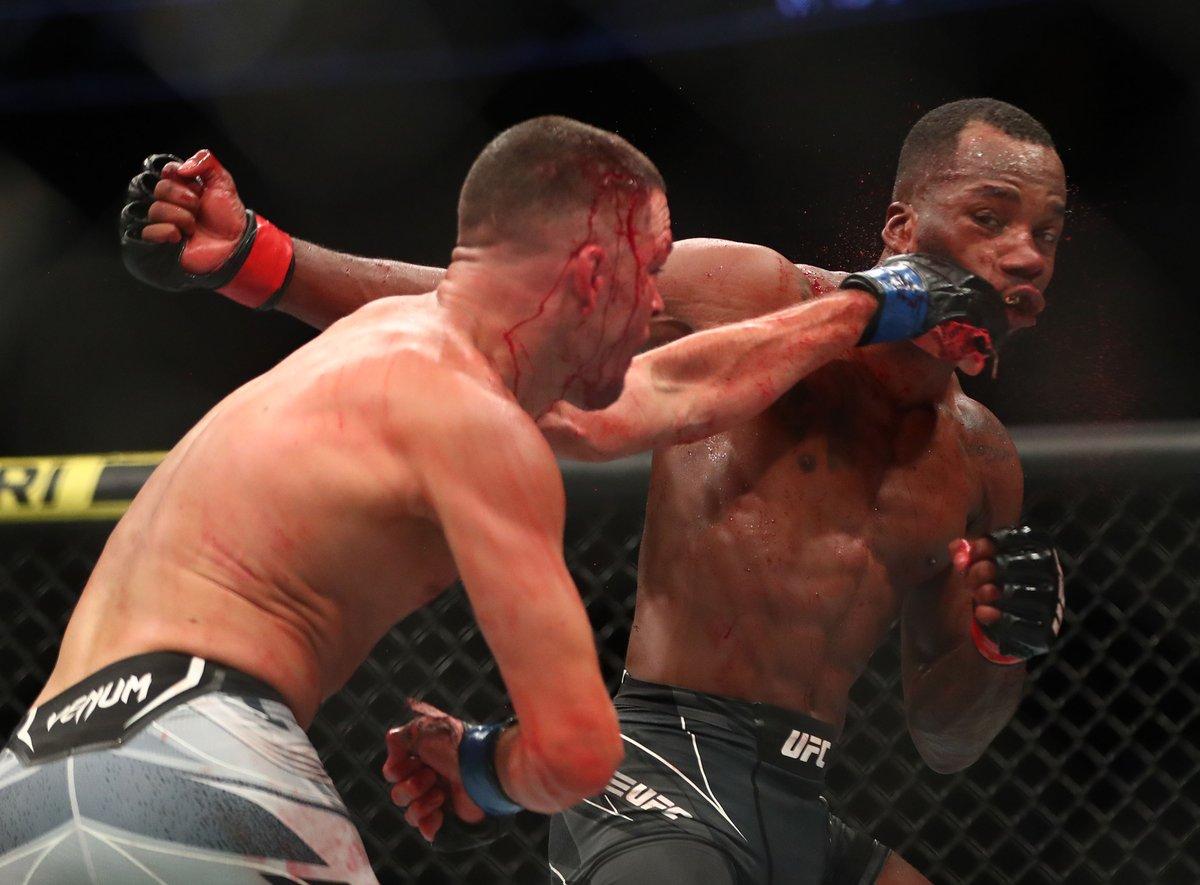 The Nate Diaz near-comeback was wild. 😱  #UFC263   📷 @rebilasphoto https://t.co/JzCPNXMFlL