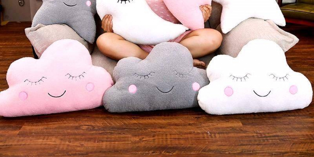 Look at this amazing Kawaii Sky Plushie Pillows! Get it only for 26.46! FREE Shipping Check out this and more #interiorstyling #interiorinspiration #apartmenttherapy https://t.co/oVUrfE3S5Y