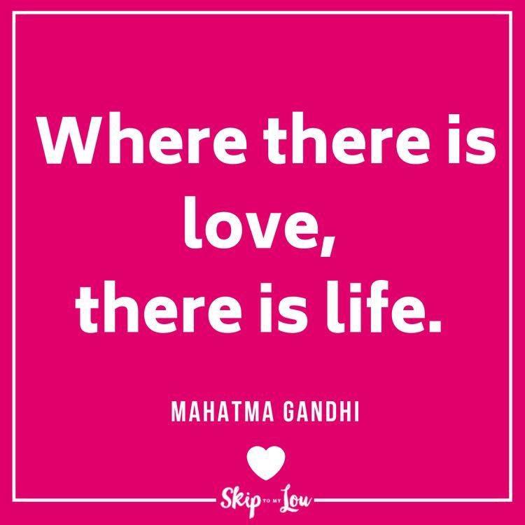 #loveislove  #IAMChoosingLove  #lovechangeseverything  #LightUpTheLove #LUTL  #JoyTrain #GoldenHearts  #whatyouwantnowu  #FamilyTrain  #ThinkBigSundaywithMarsha https://t.co/HldImnrxH1