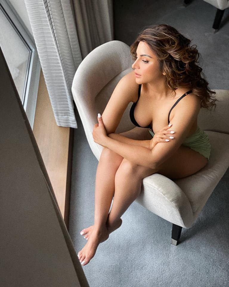 Shama Sikander Takes Internet by Storm with her Nude Photo