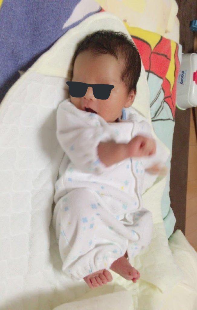 空間を切るような胎動!生まれたばかりの赤ちゃんは、やはり空間を切っていた!