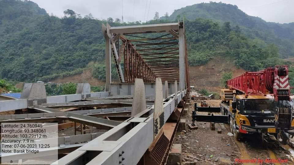 After Makru , Barak bridge is expected to complete/ inaugurate by August 2021& Irang bridge also to be completed shortly. Tireless effort of our HCM, supports from HPM & Central govt. make these odd things into reality  Manipur thanks you HPM @narendramodi @NBirenSingh @PMOIndia https://t.co/BK7j9cQI0H