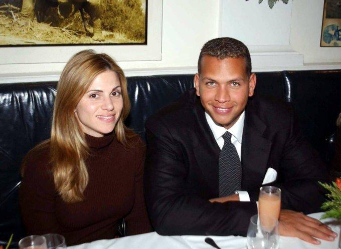 Alex Rodriguez reunites with ex-wife amid Bennifer drama Photo