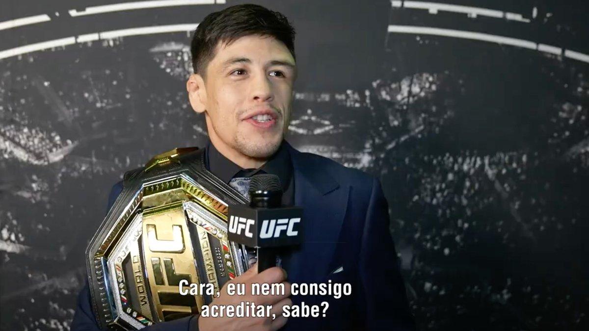 Confira o que disse o mexicano 🏆🇲🇽 @theassassinbaby após derrotar Deiveson Figueiredo no #UFC263 e se tornar o novo campeão do peso-mosca ⤵️ https://t.co/cqyCOnJNVb