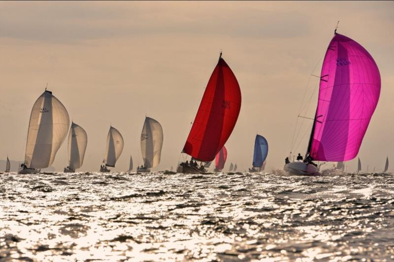 Sailing Weekly (@hellosailing)