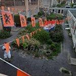 """@BarendrechtnuNL - Ingezonden foto's door Sebastiaan: """"Oranje gekleurde binnenplaats bij Humanitas aan de Concertweg"""" #Barendrecht #EK #Oranje https://t.co/BjYMw6Lh03"""