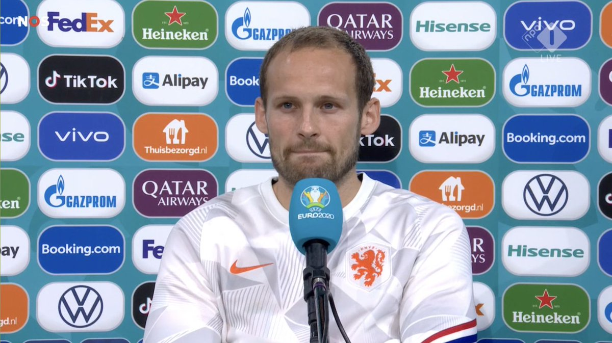 """Daley Blind left the pitch in tears when he came off:  """"What happened last night has much impact on me. Not only because Christian is a very close friend of me, but also because of what happened to myself. I considered not to play tonight, I had to take a very big mental step. https://t.co/ZSmjOpfraT"""
