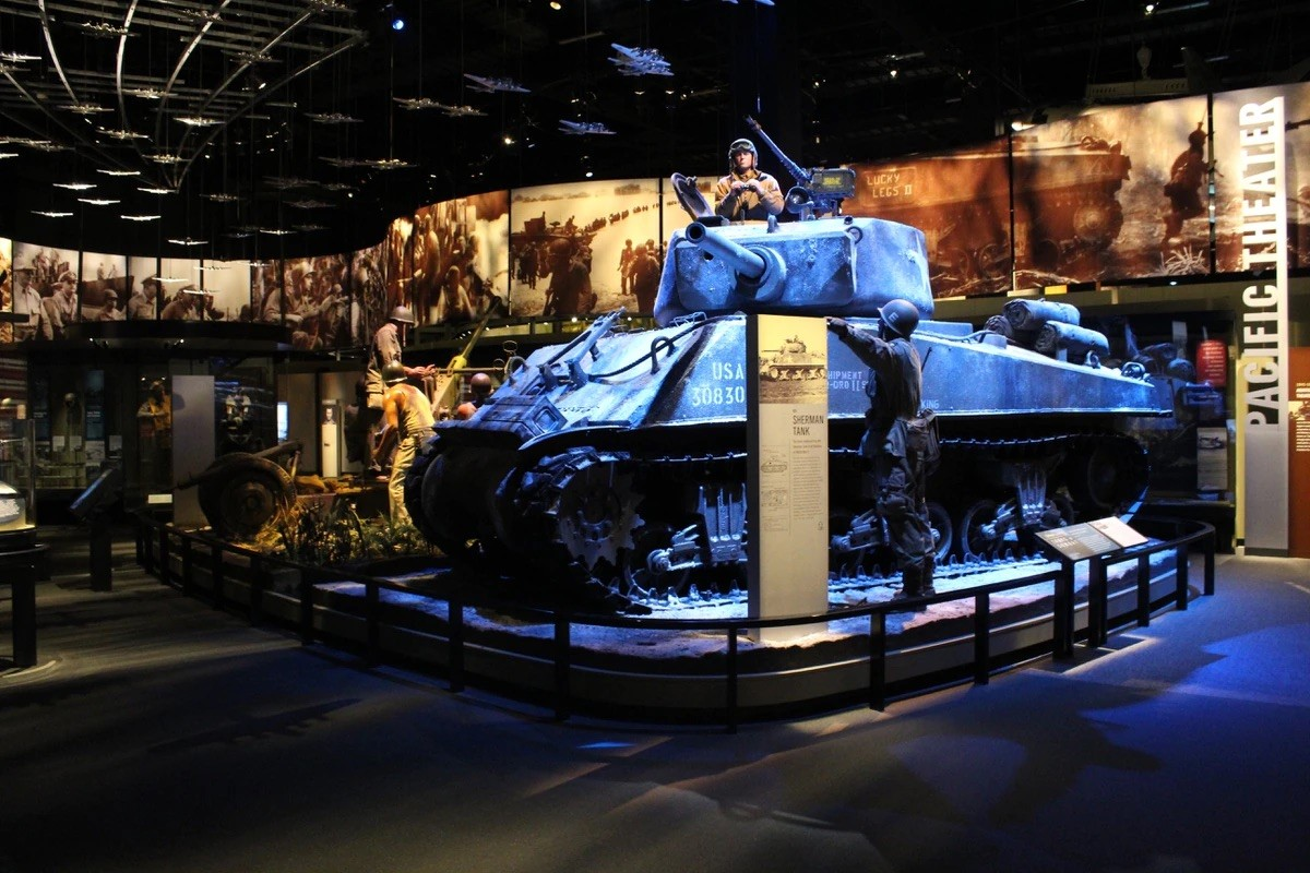 A new museum known as the National Museum of the @USArmy is reopening on the branch's 246th birthday!  A special day for the Armed Forces and special place in Fairfax County. It tells the story of the oldest and largest branch. https://t.co/AlCJLSVDRd https://t.co/2DKFo866to