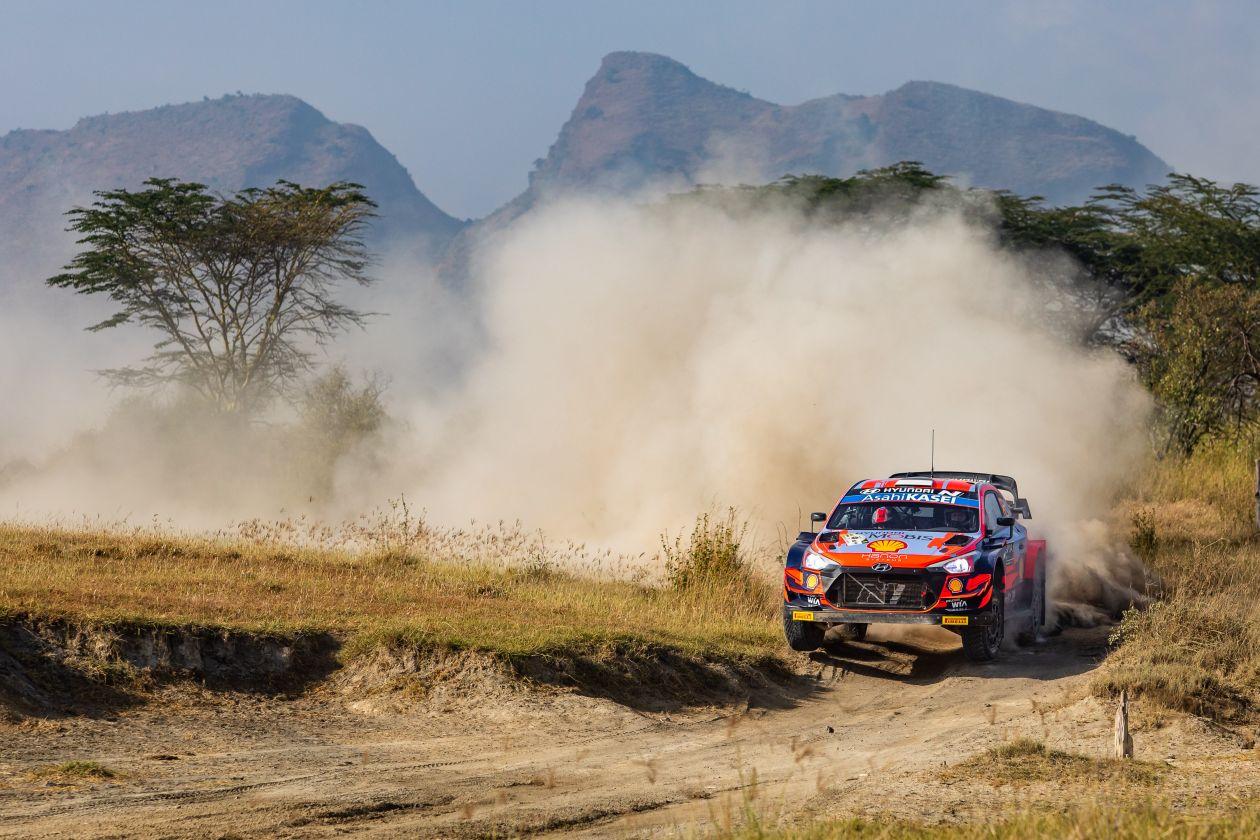 WRC: Safari Rally Kenya [23-27 Junio] - Página 4 E40UVsuWEAYd18i?format=jpg&name=large