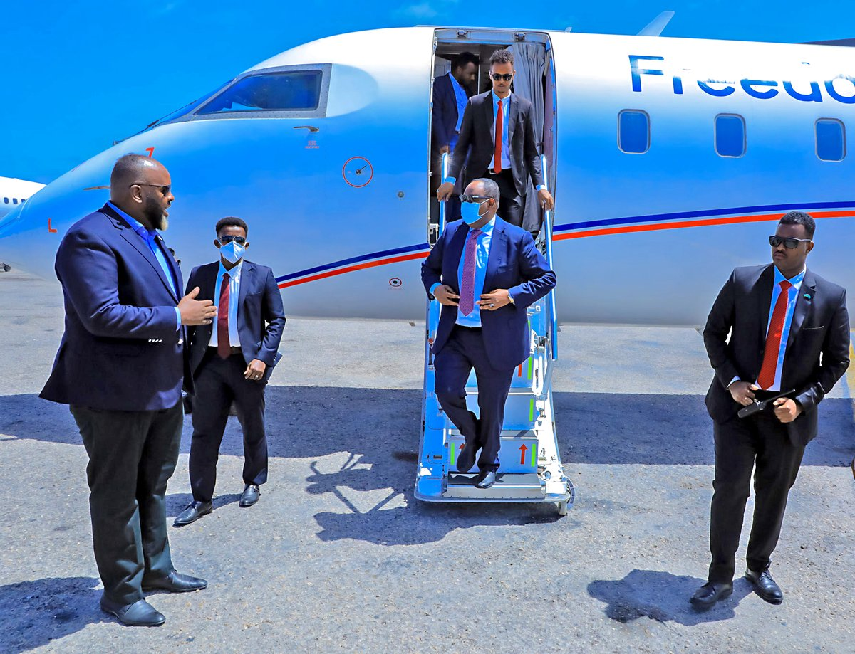 We arrived safely in #Mogadishu, and a sincere thank you to all who welcomed us at the Aden Adde Airport. Together with rep of the #FMS and #FGS, we will participate in the National Electoral Consultative Conference to continue ongoing efforts for national #elections in #Somalia. https://t.co/2vxzOR2gYL