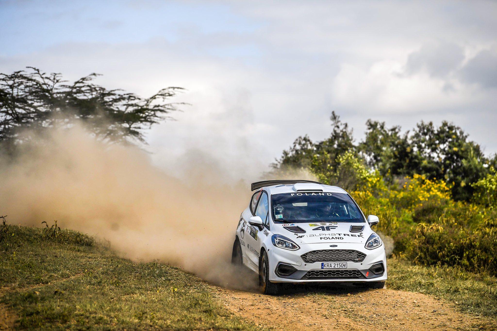 WRC: Safari Rally Kenya [23-27 Junio] - Página 6 E45eVv0WUAI7CEm?format=jpg&name=large