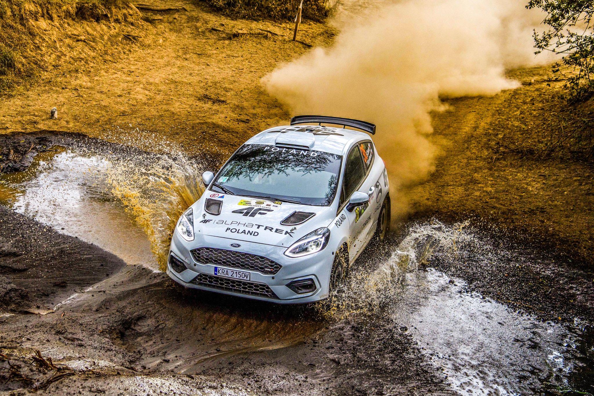WRC: Safari Rally Kenya [23-27 Junio] - Página 6 E45eVvxWQAI3J1E?format=jpg&name=large