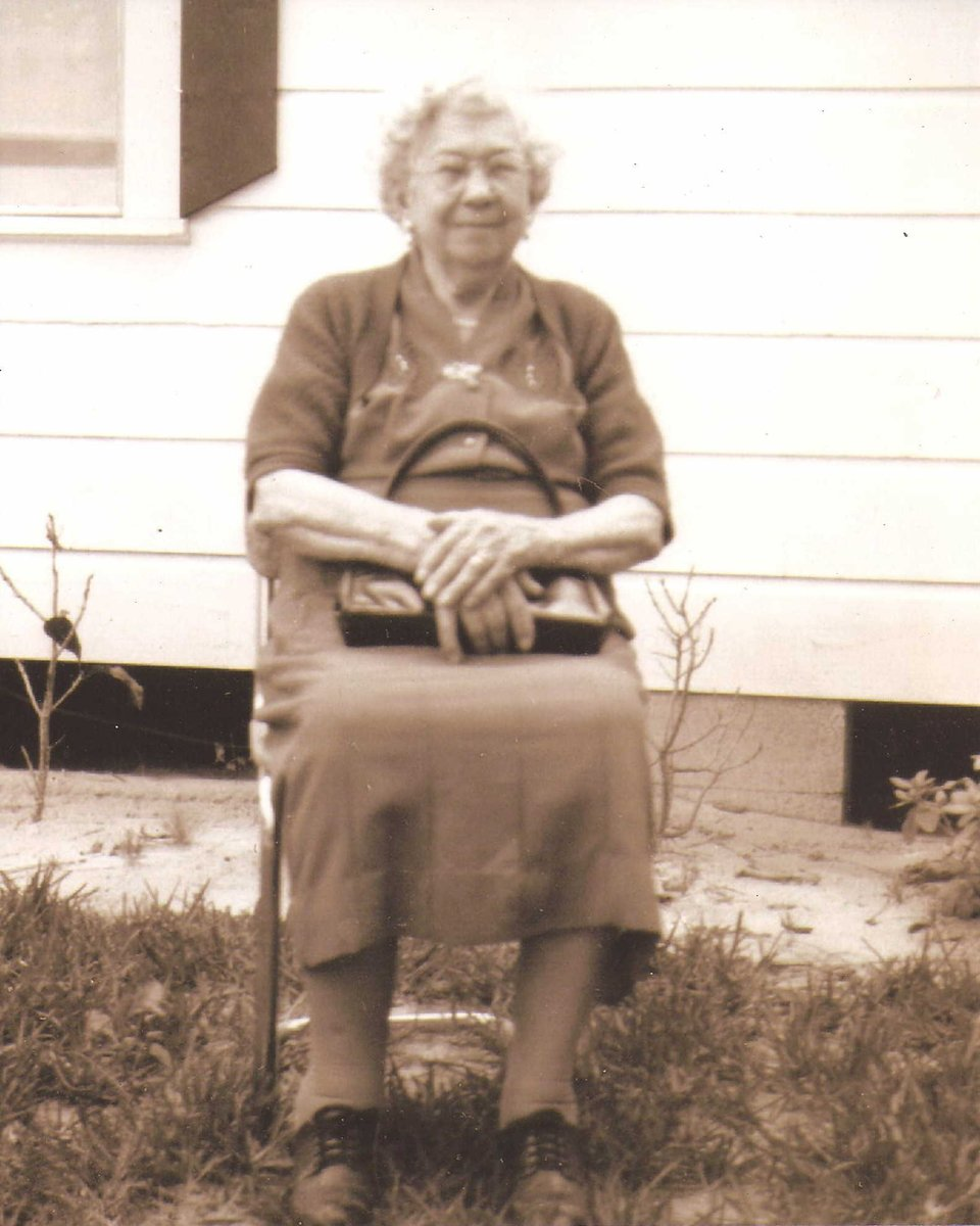 """From the Pioneer Days archive: Sarah Evaline """"Lina"""" Johns was born at Pine Castle in 1875.  She grew up to marry local farmer Jessie Willis Tyner.  Mrs. Tyner lived to the ripe old age of 97.  #waybackwednesday #ArchivesHashtagParty #FloridaHistory #HerStory https://t.co/aeoWPeyqt4"""