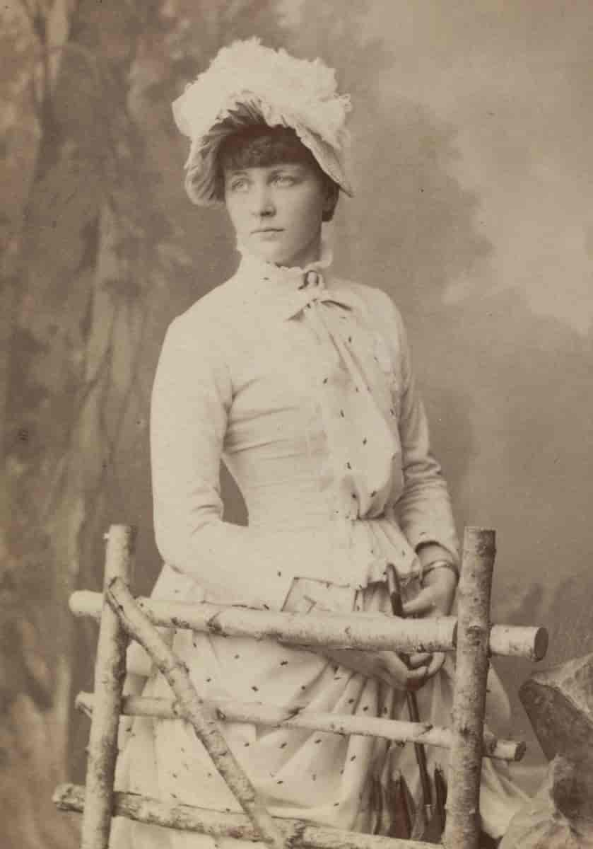 Happy birthday Mon Schjelderup 1870-1934, Norwegian composer pianist. Wrote 1st work aged 14. 1894 made public debut as pianist & composer in Christiania.  Vuggevise & Sang uden Ord https://t.co/SGUgYlWjep #salon #womensstories #womeninmusic #BOTD #womencomposers #musichistory https://t.co/TVUb7XupTE