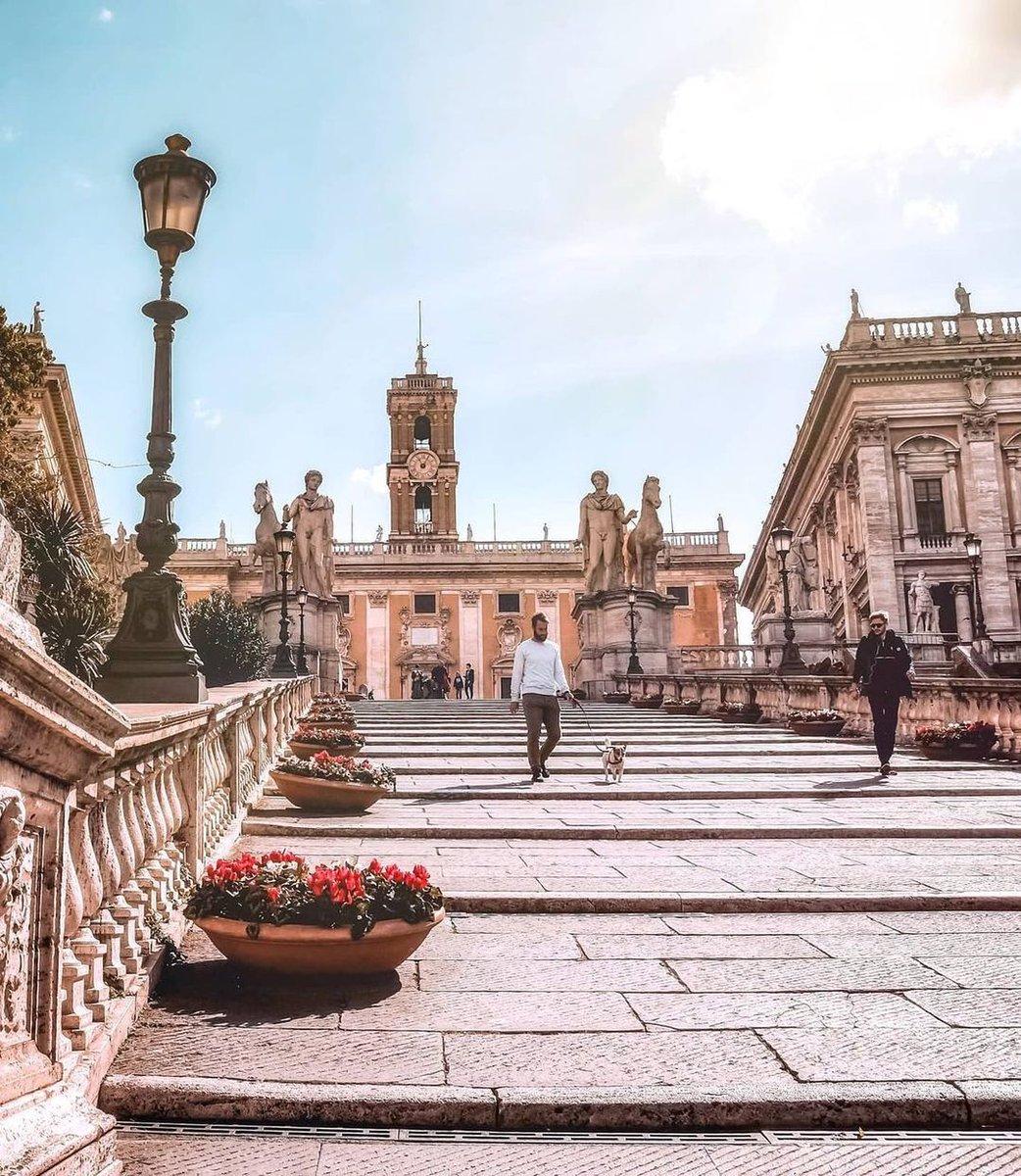 Passeggiare per #Roma è qualcosa che non si può raccontare! Repost foto di https://t.co/xUo7EXtfbY  #IgersRoma #RaccontandoRoma #studiainitalia #italy #studyabroad #learnitalian #studyitalian #learninrome #studyinrome #rome #aprenderitaliano #estudiaritaliano #estudiarenroma https://t.co/dEQfwHdn1m