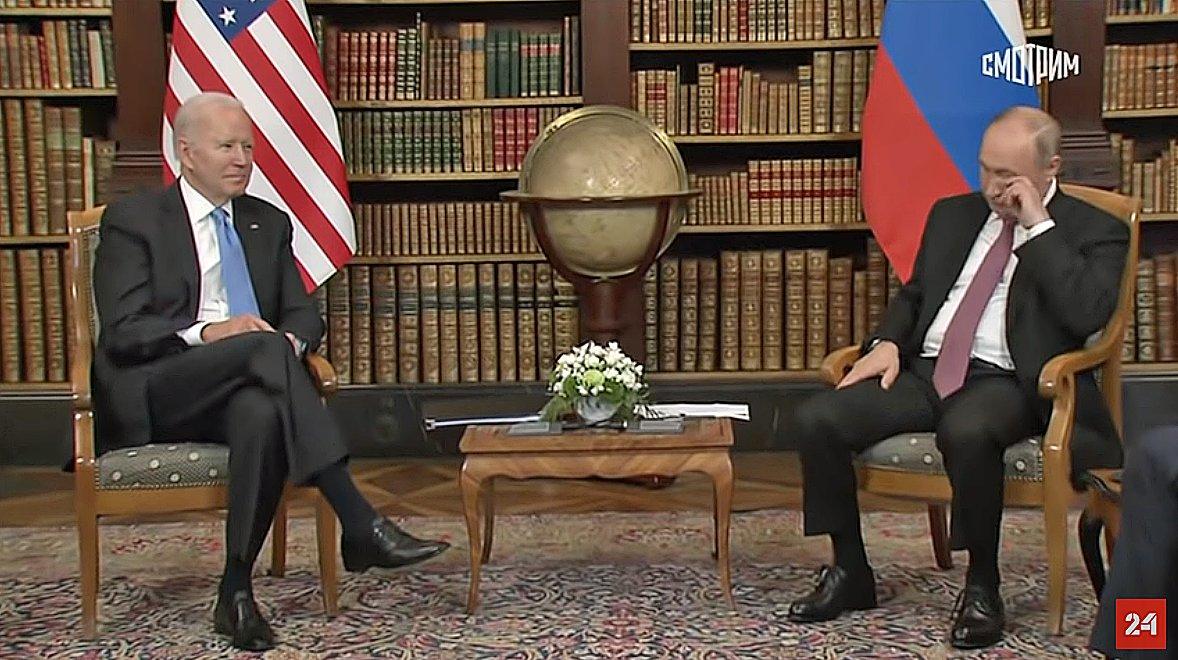 "Putin: ""There is no happiness in life."" #GenevaSummit  #GenevaSummit2021 https://t.co/z0DdhY4XiG"