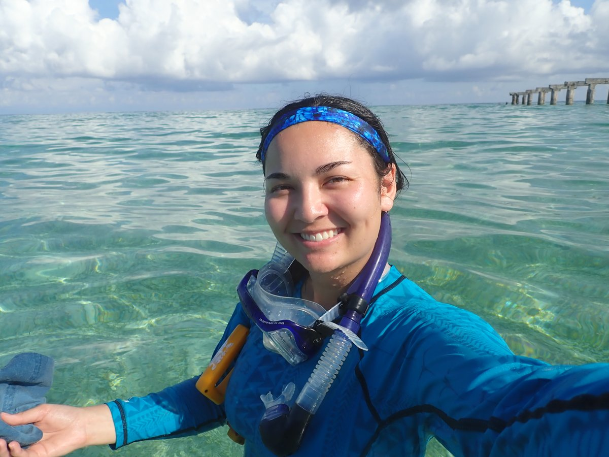 Hi! I'm Ariel and I'm a mixed race Chinese American PhD candidate at @Scripps_Ocean. I study oxygen variability and #hypoxia on #coralreefs! Also a scuba diver, music lover, & co-director of @wmis_sio!  Excited to be part of the @aapigeosci community!  #AAPI #AAPIGeoRollCall https://t.co/JZjjtfgYmR