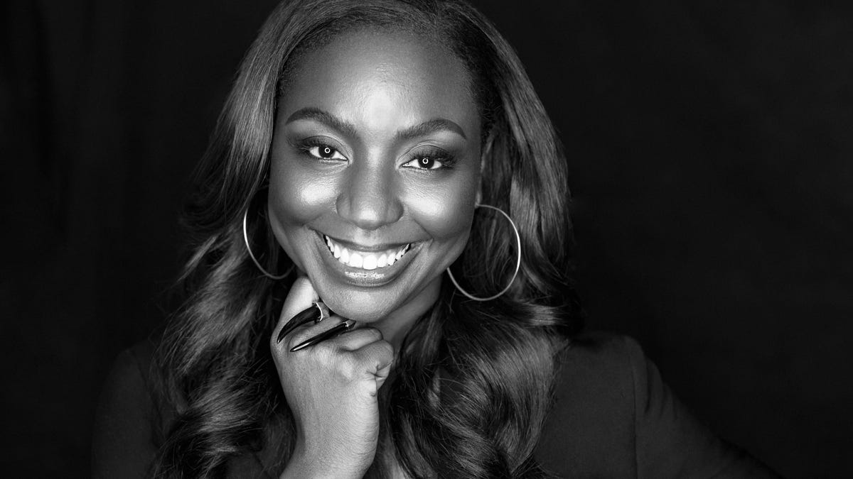 Exclusive: After Years of Turmoil, Ebony's Newly-Appointed Editor-in-Chief Marielle Bobo Is Ushering in the Brand's Rebirth https://t.co/2jwnv390yt https://t.co/JVu7MTGLS7