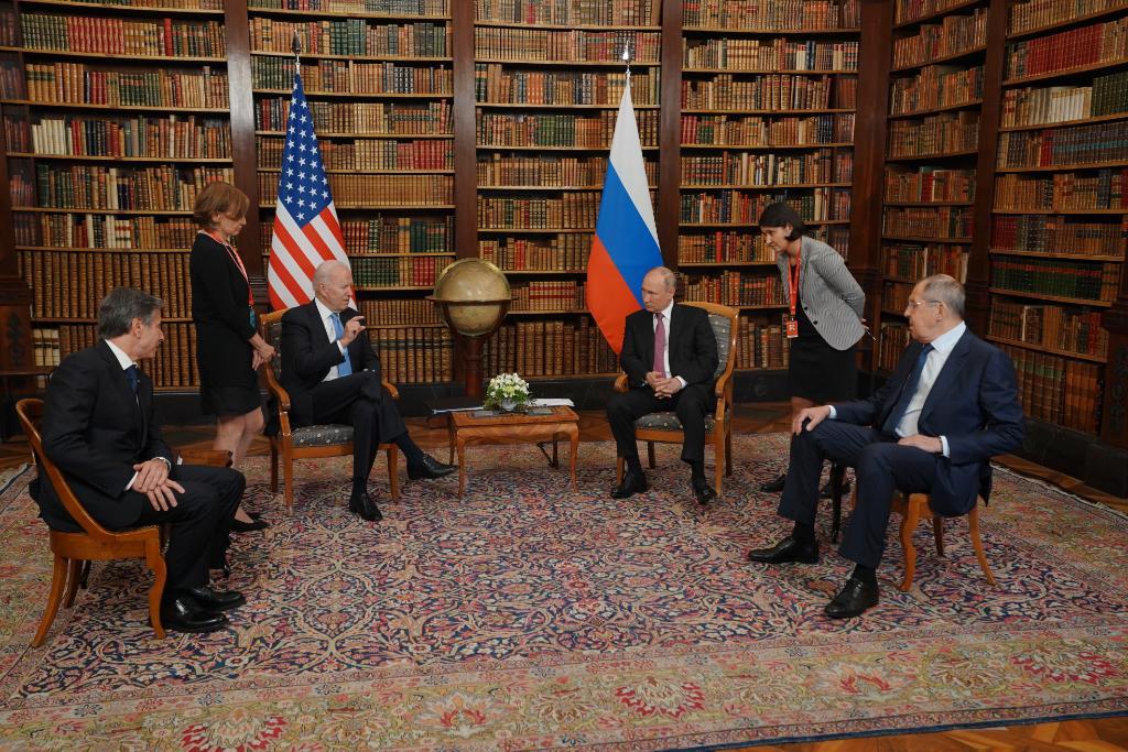 Today, President Biden met President Putin for a bilateral meeting in Geneva. Read President Biden's remarks here: https://t.co/WXehMZJz8m https://t.co/DLm83zur8k