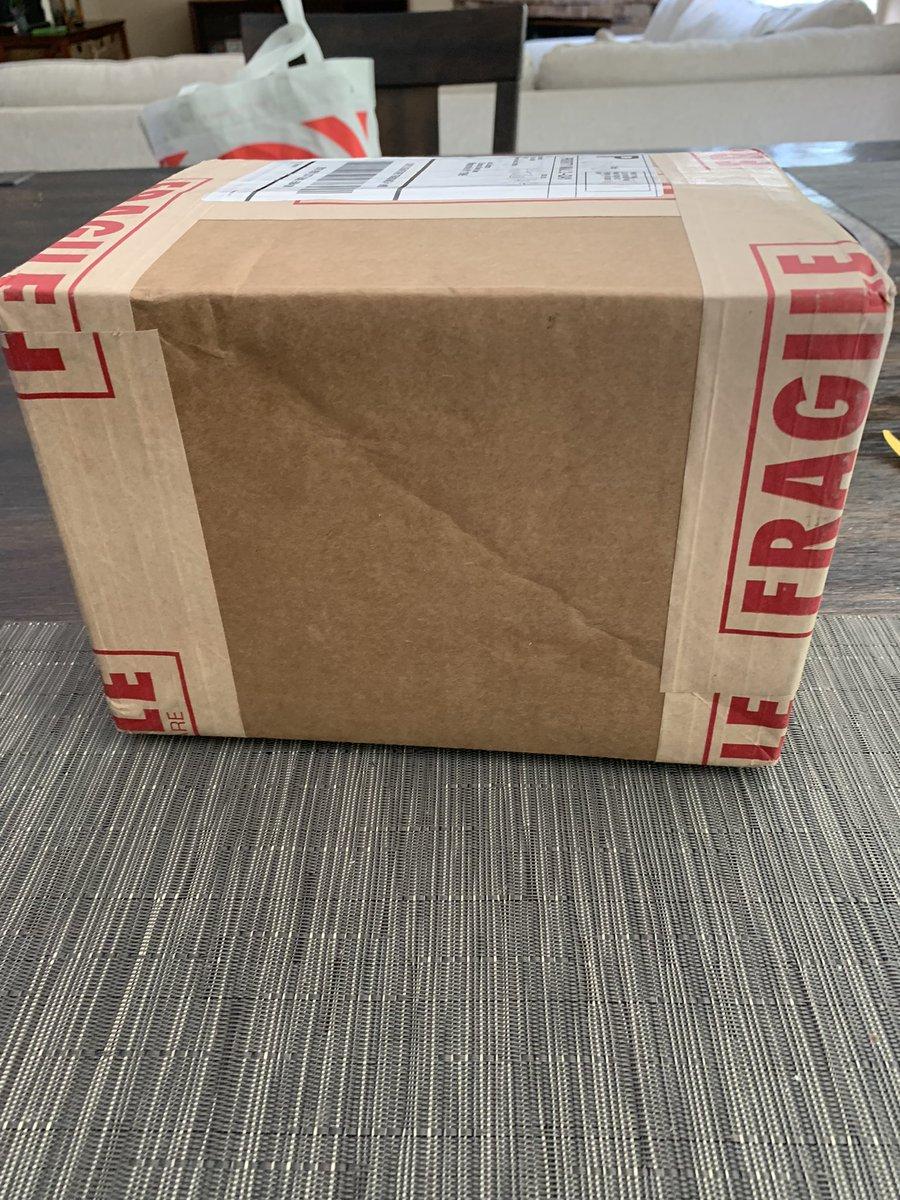 We know what this box means!  1st of 3 Quarterly specials is back from PSA! https://t.co/cgbARh1lRo