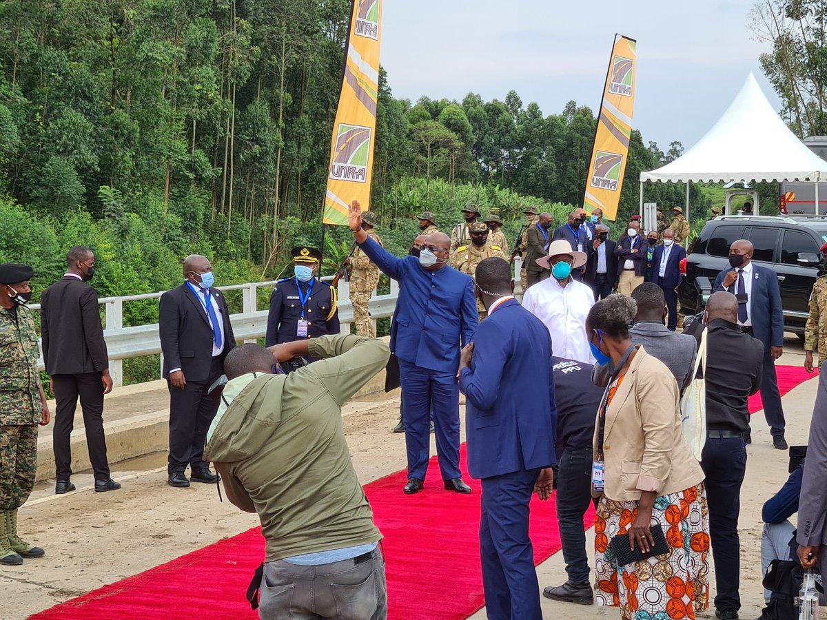 #Ugandan President Yoweri Museveni and his counterpart from the Democratic Republic of #Congo, Felix Tshisekedi, commissioned a road infrastructure development project. This is after signing significant infrastructure and security agreements between the two countries last month. https://t.co/SgMqhnA3LC